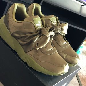 Puma bow sneakers Olive green